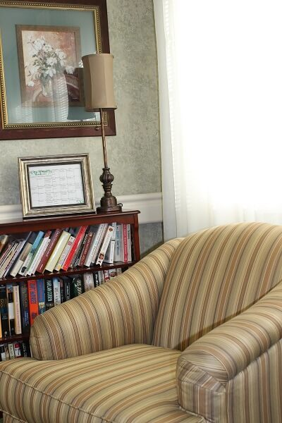 Sitting area with a small library